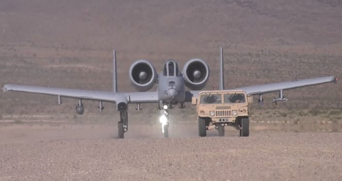 Avião A-10 Thunderbolt II participando dos exercícios militares da Força Aérea da Guarda Nacional dos EUA