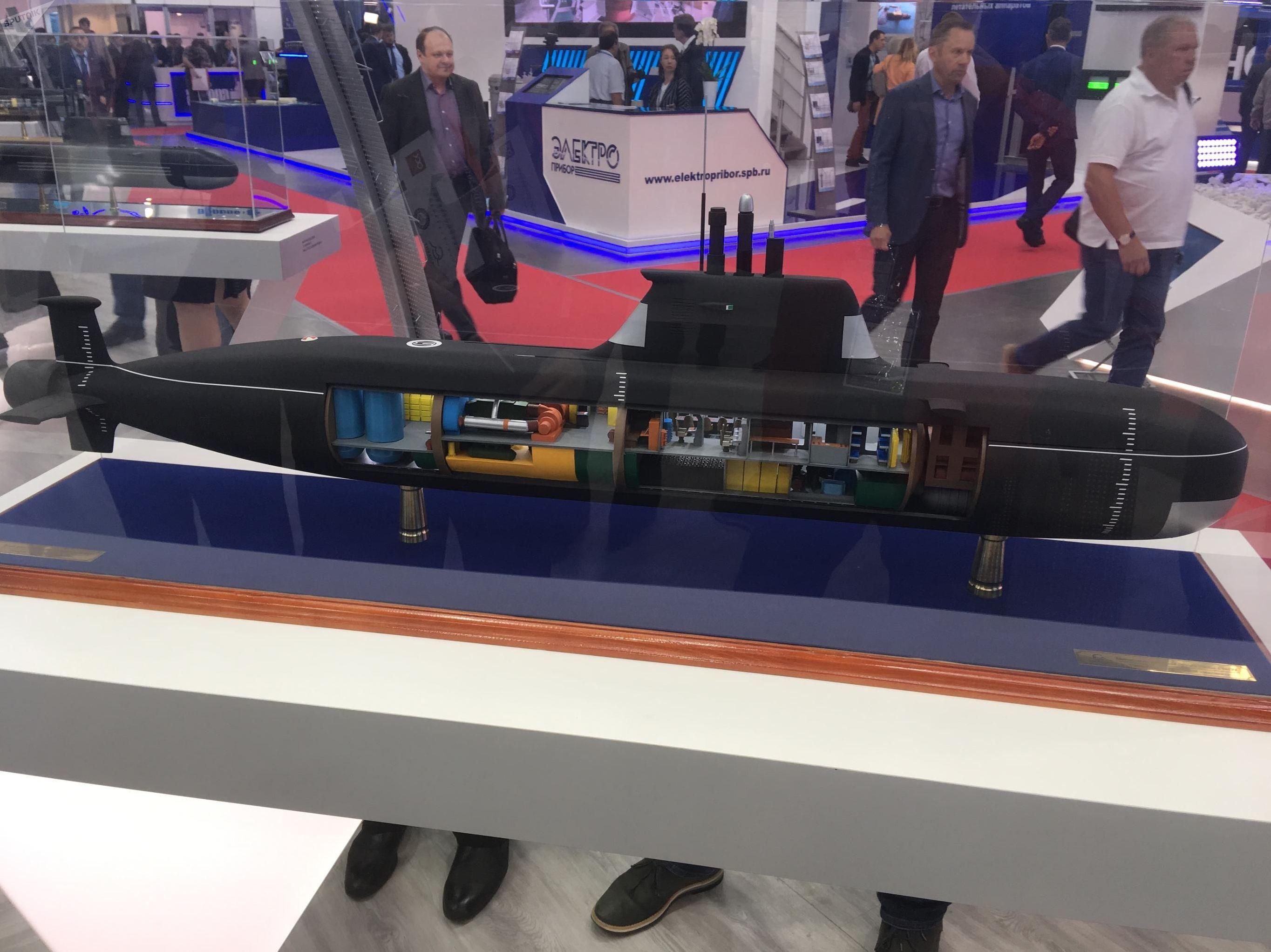 Modelo do submarino do projeto 865 Piranha