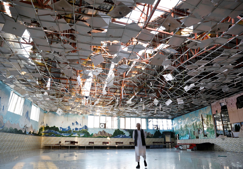 Salão de casamentos Dubai City após a explosão, Kabul, Afeganistão