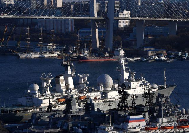 Navio do complexo de medição Marechal Krylov em Vladivostok, na Rússia
