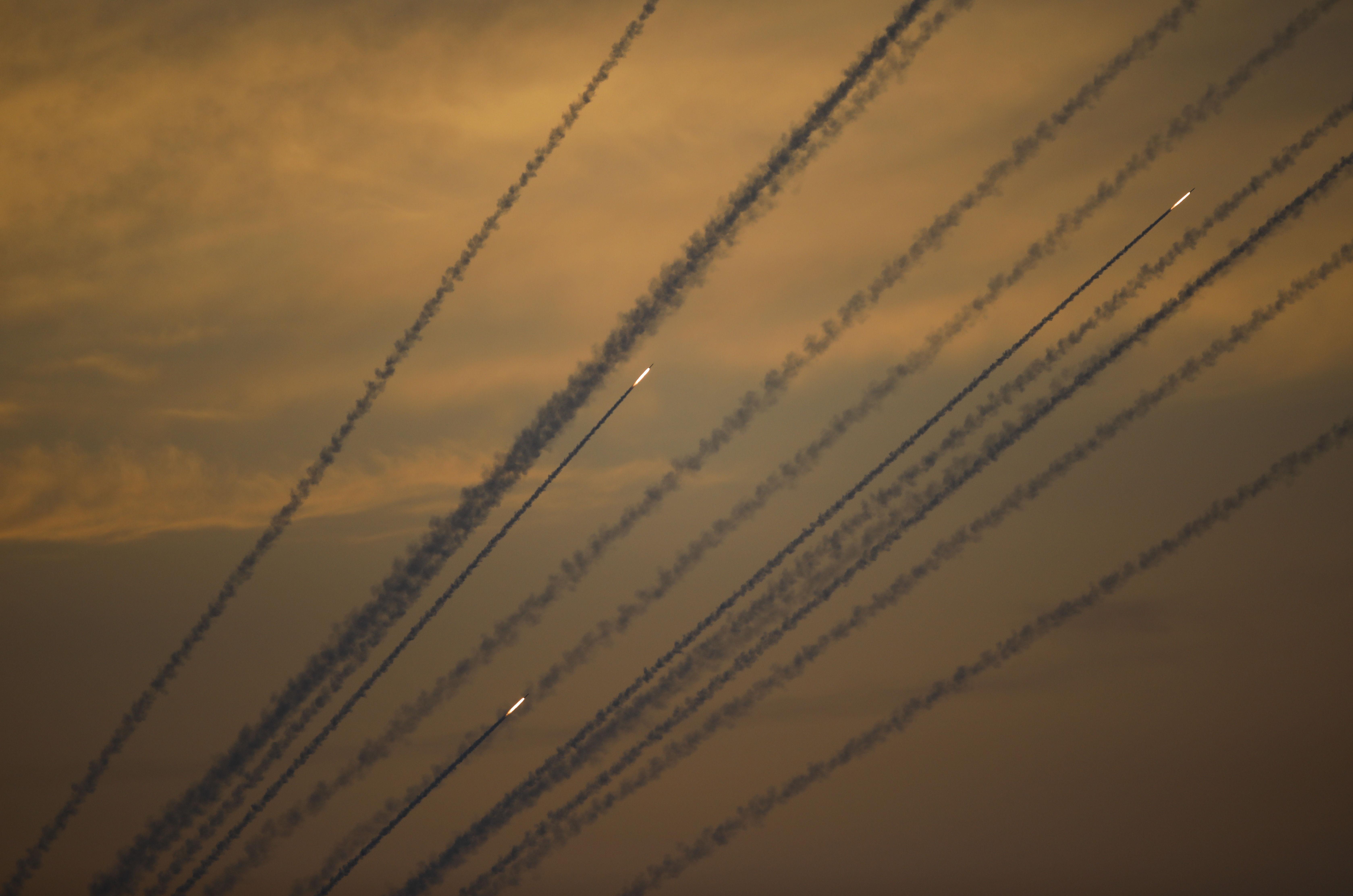 Foguetes lançados a partir da Faixa de Gaza contra Israel, em 5 de maio de 2019