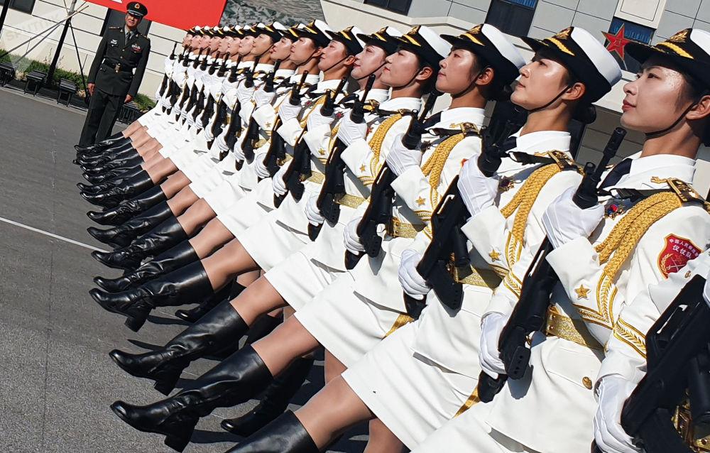 Militares chinesas durante ensaio para a parada dos 70 anos da República Popular da China