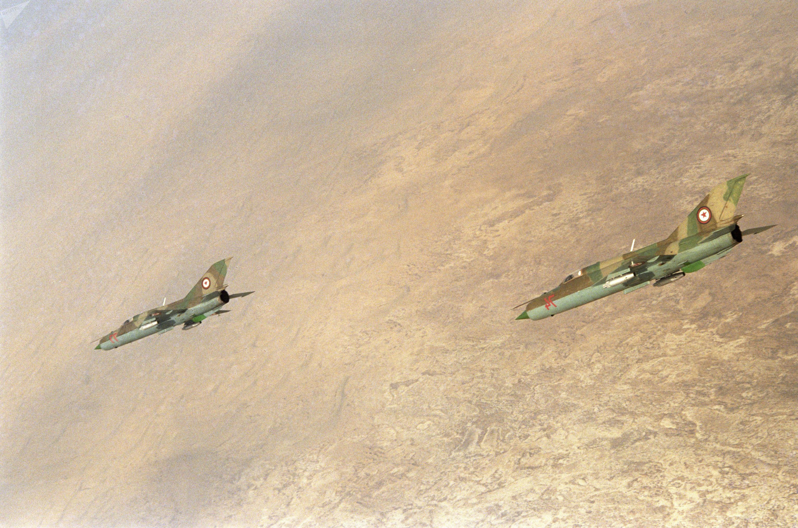 Caças MiG-21 afegãos durante a Guerra do Afeganistão entre 1979 e 1989