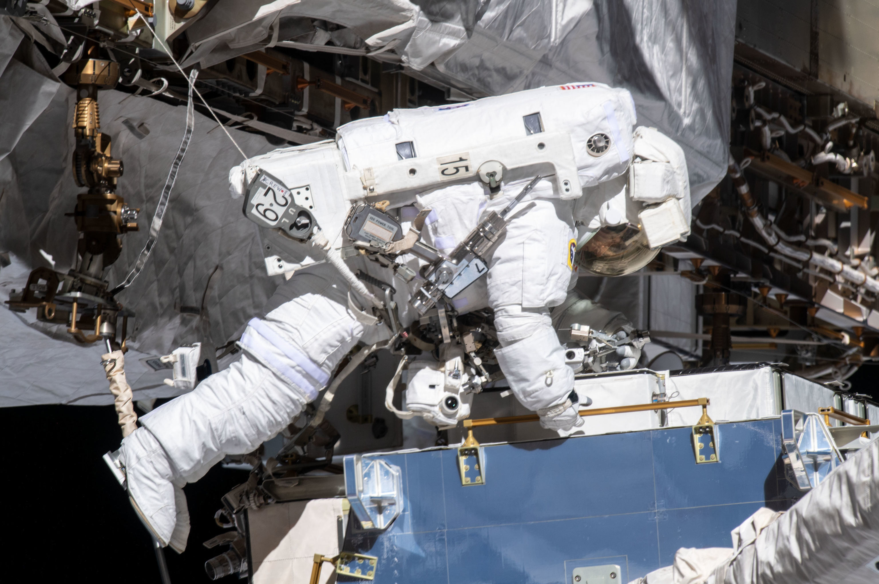 A astronauta da NASA Christina Koch na Estação Espacial Internacional