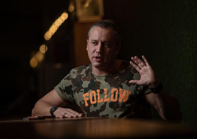 O diretor de teatro Roberto Alvim, que estava à frente do Centro de Artes Cênicas da Funarte, assumirá Secretaria de Cultura do governo federal