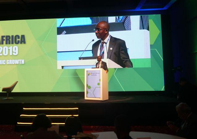 Hippolyte Fofack, economista-chefe do Afreximbank, no Fórum Brasil África 2019