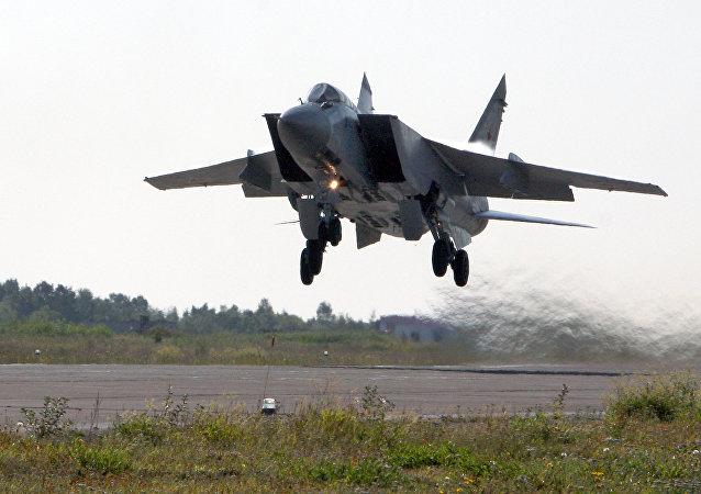 Caça russo MiG-31 Foxhound (foto de arquivo)