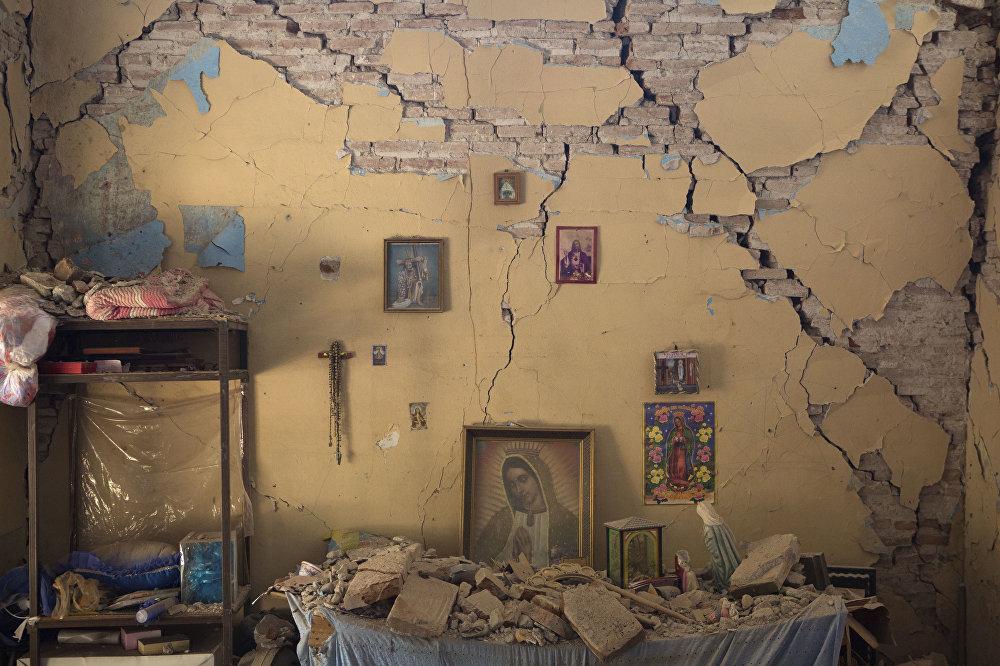 Casa danificada pelo terremoto que atingiu o México em setembro. O tremor deixou 369 mortos.