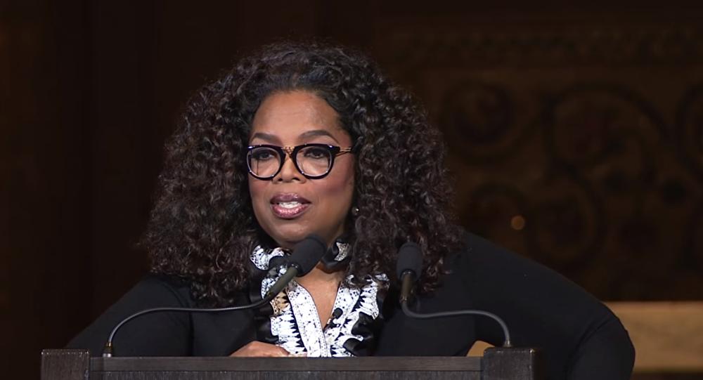 Oprah Winfrey faz discurso que merece ovação de pé — Golden Globes Awards