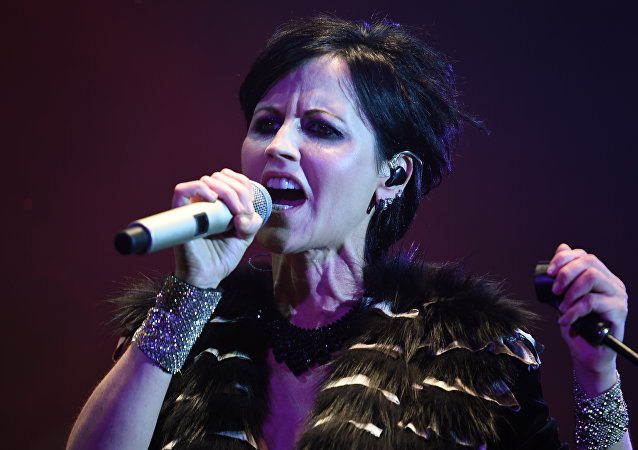 Irish singer Dolores O'Riordan of Irish band The Cranberries performs on stage during the 23th edition of the Cognac Blues Passion festival in Cognac. (File)