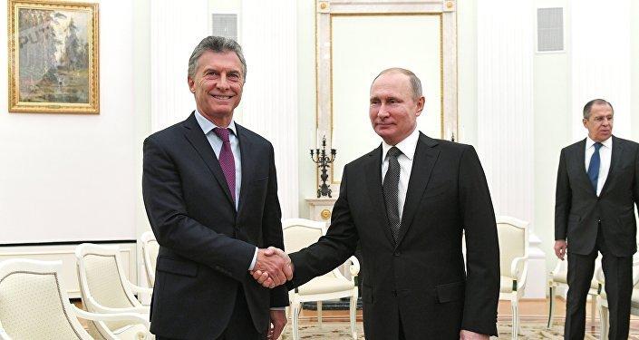 Presidente da Argentina, Mauricio Macri, e o presidente da Rússia, Vladimir Putin, durante encontro em Moscou em 23 de janeiro de 2018