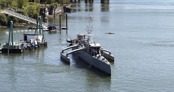 Novo submarino não tripulado estadunidense Sea Hunter
