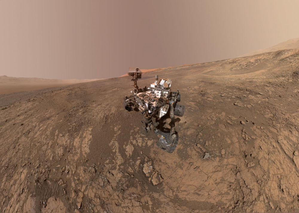 Espaçonave Curiosity, da NASA, explora a superfície marciana