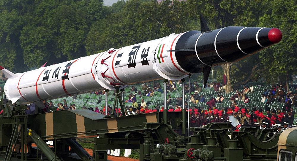 Míssil balístico indiano Agni-II (imagem referencial)