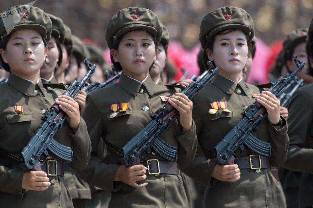 Comemoração do 60º aniversário do fim da Guerra da Correia em Pyongyang