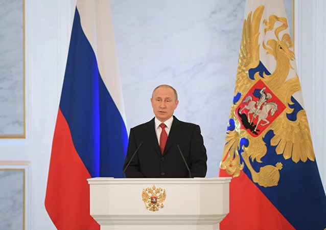 Presidente da Rússia Vladimir Putin fala perante a Assembleia Federal russa, Kremlin, Moscou, Rússia, 1 de dezembro de 2016