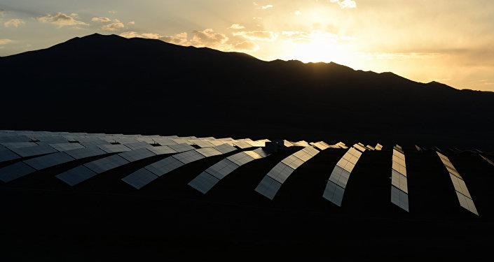Central de energia solar Kosh-Agach na República de Altai, na Rússia (foto de arquivo)