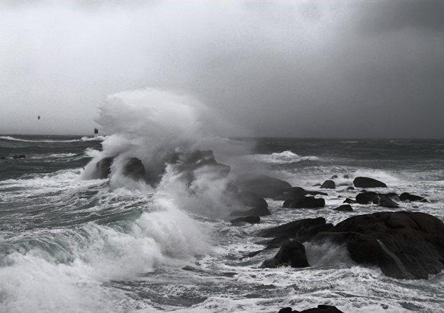 Tormenta no mar (imagem referencial)