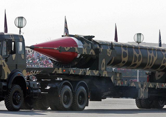 Míssil balístico paquistanês Hatf-V com capacidade para transportar ogivas nucleares