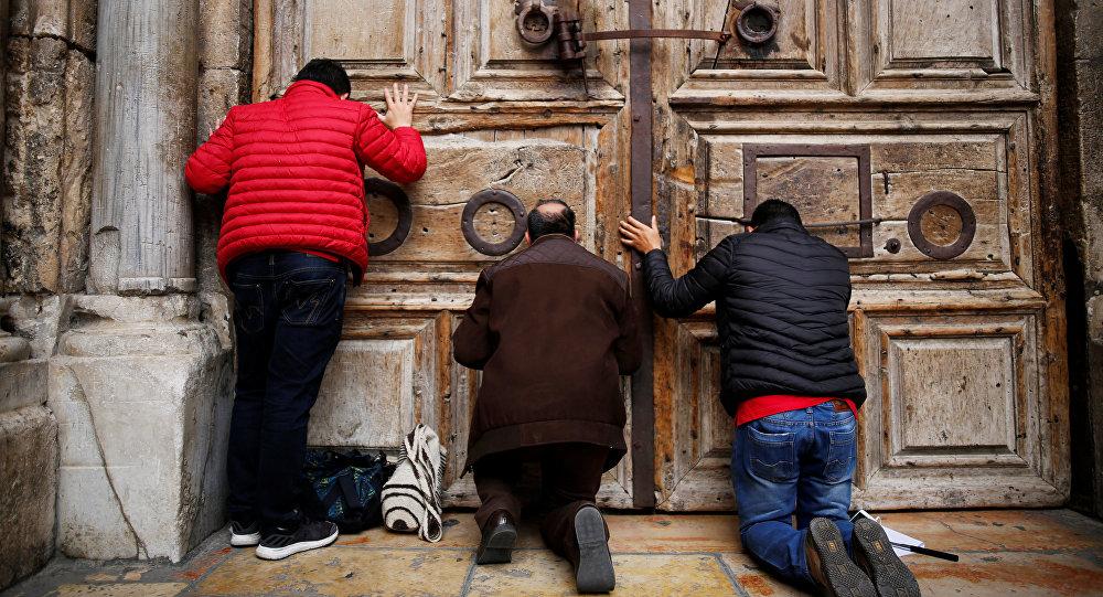 Basílica do Santo Sepulcro reabriu portas — Jerusalém