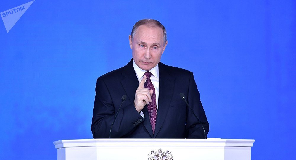 Putin avisa Macron sobre qualquer