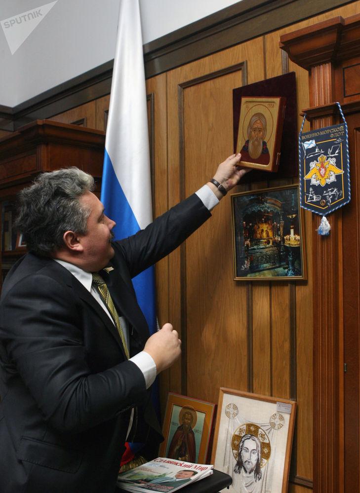 Sergei Baburin no seu gabinete de trabalho depois do fim do quarto mandato da Duma de Estado, em 2007