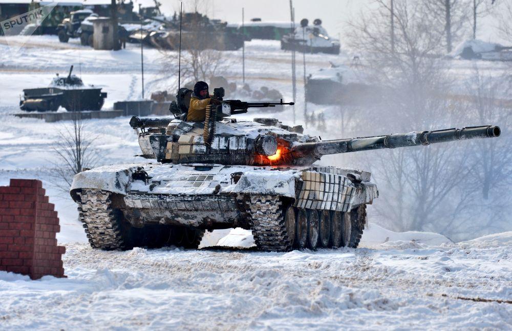 Demonstração de preparação para o combate das Forças Armadas da Bielorrússia