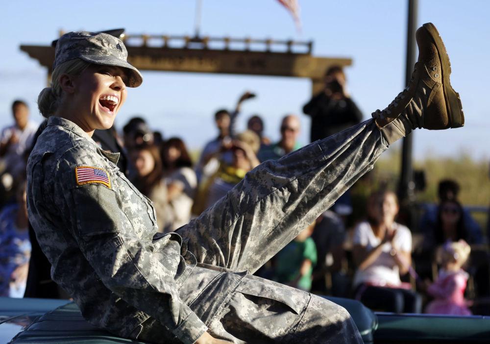 Mulher militar da Guarda Nacional dos EUA