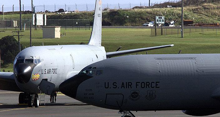 Aviões da Força Aérea dos EUA na Base das Lajes, nos Açores (foto de arquivo)