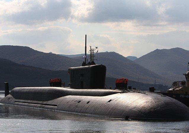 Um submarino russo no mar de Okhotsk