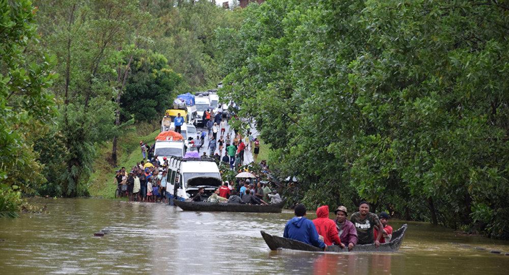Ciclone deixa 6 mil desabrigados e 17 mortos em Madagascar