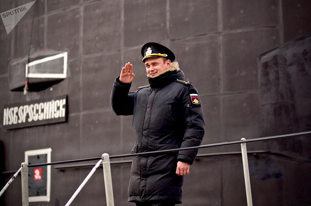 Primeiro-tenente Aleksandr Dudukin, imediato do submarino Novorossiysk