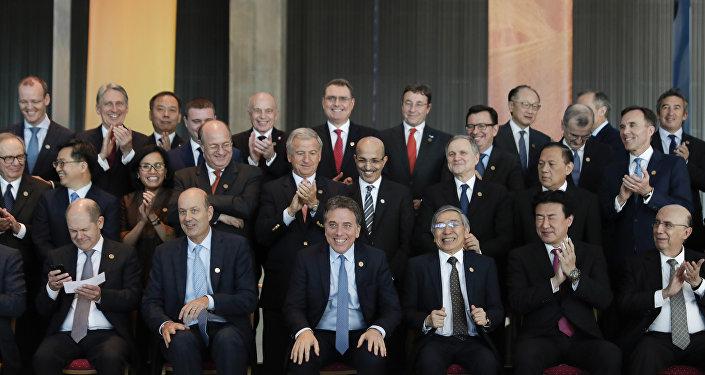 Ministros das Finanças e presidentes dos Bancos Centrais reunidos no encontro do G-20 em Buenos Aires