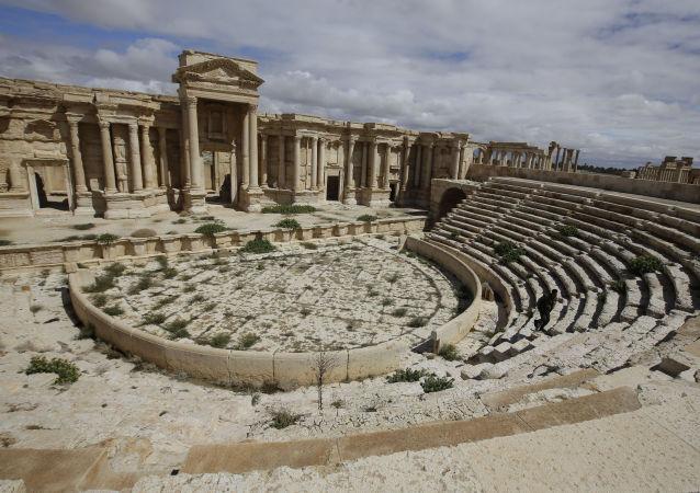 Ruínas do teatro antigo em Palmira
