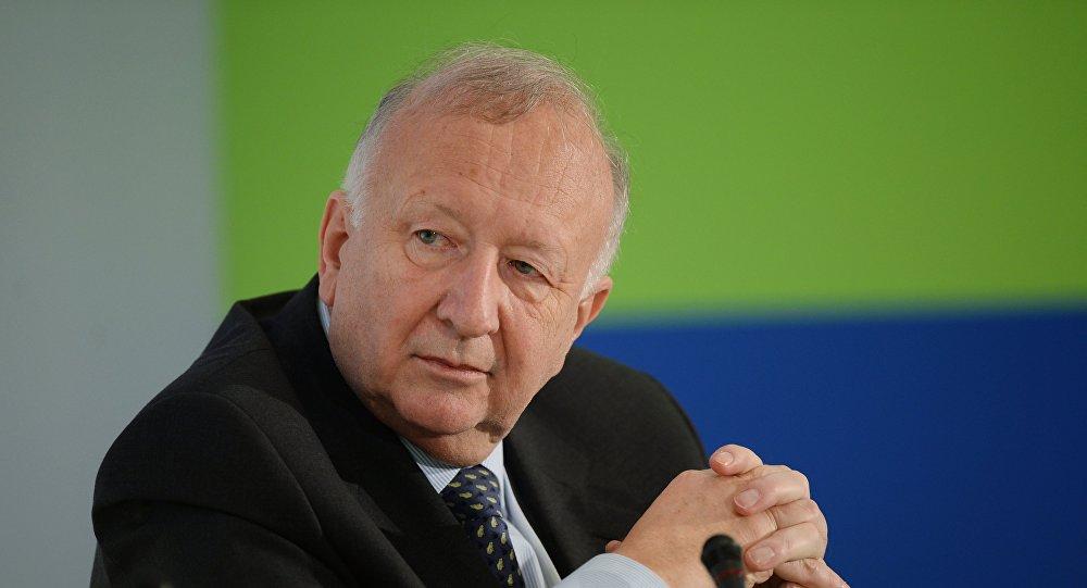 Willy Wimmer, exsecretario de Estado del Ministerio de Defensa alemán