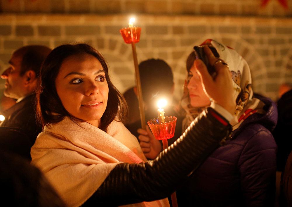 Cristãos ortodoxos celebram a Páscoa na Macedônia