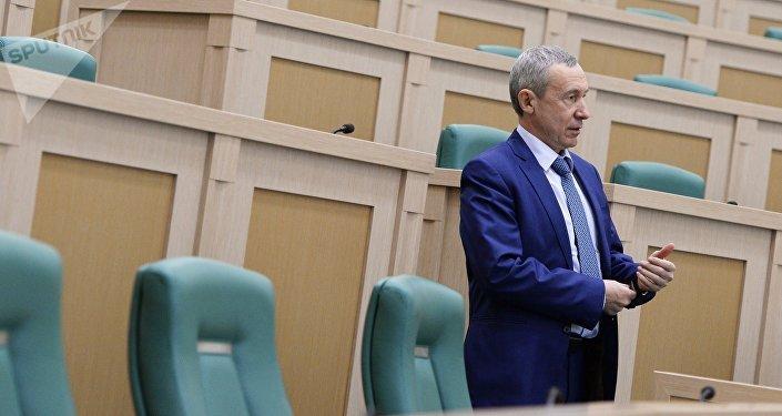 Andrei Klimov, o chefe da Comissão de Proteção da Soberania do Estado do Senado russo.