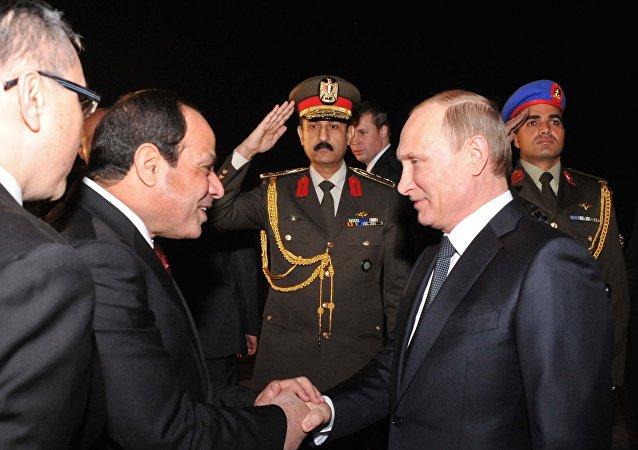 Vladimir Putin e Abdel Fattah al-Sisi