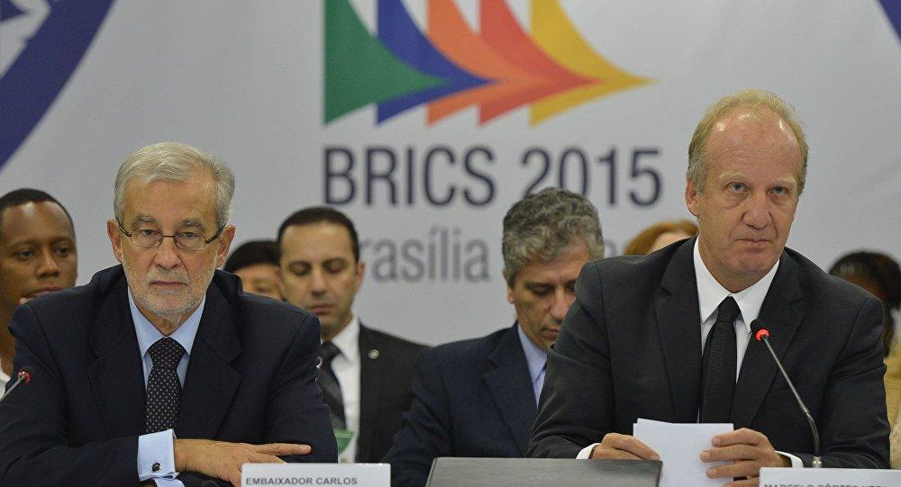 Ministro Chefe da Secretaria de Assuntos Estratégicos, Marcelo Côrtes Neri (D)