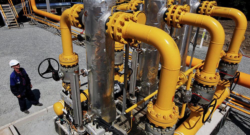 Unidade de separação de gás na estação de gasoduto