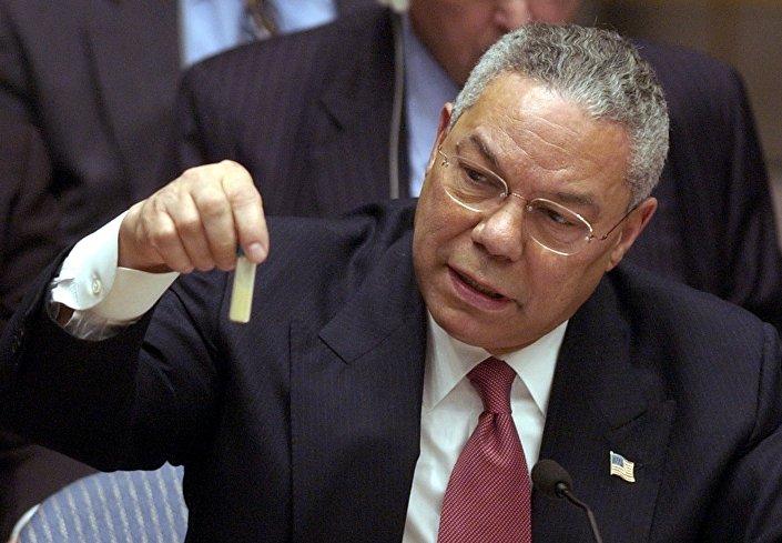 Colin Powell apresenta frasco de antraz no Conselho de Segurança da ONU