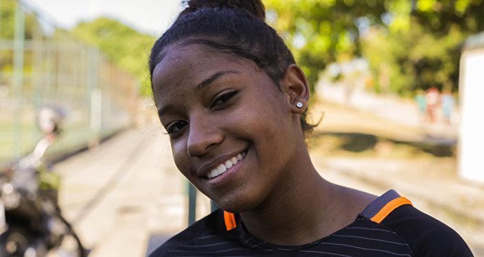 Rafaela Cristina Granthom Nascimento, jogadora da seleção brasileira na Street Child World Cup 2018.