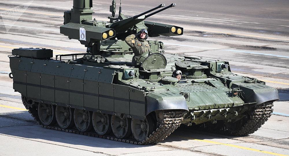 Veículo de apoio a tanques Terminator durante um ensaio da Parada da Vitória no polígono de Alabino, região de Moscou