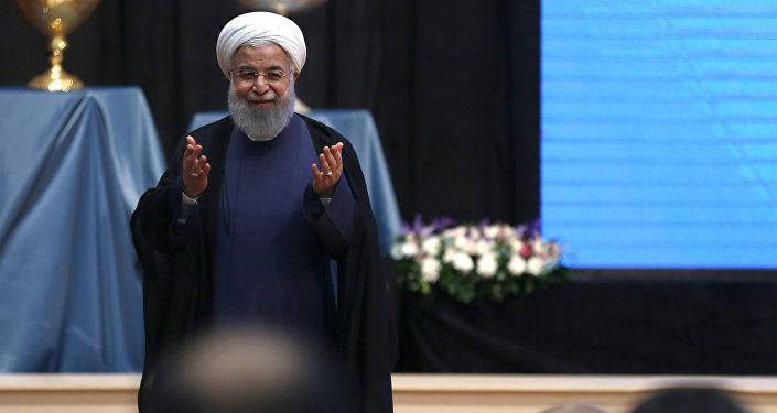 Presidente iraniano, Hassan Rouhani, durante intervenção em Tabriz, Irã