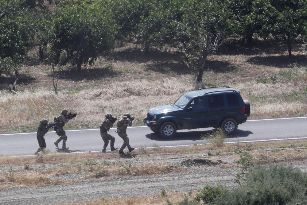 Tropas turcas participam de exercícios militares