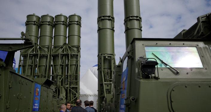 Sistemas S-300 de defesa aérea