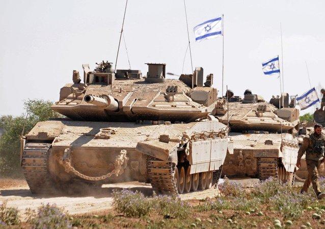 Soldados israelenses na fronteira com a Faixa de Gaza