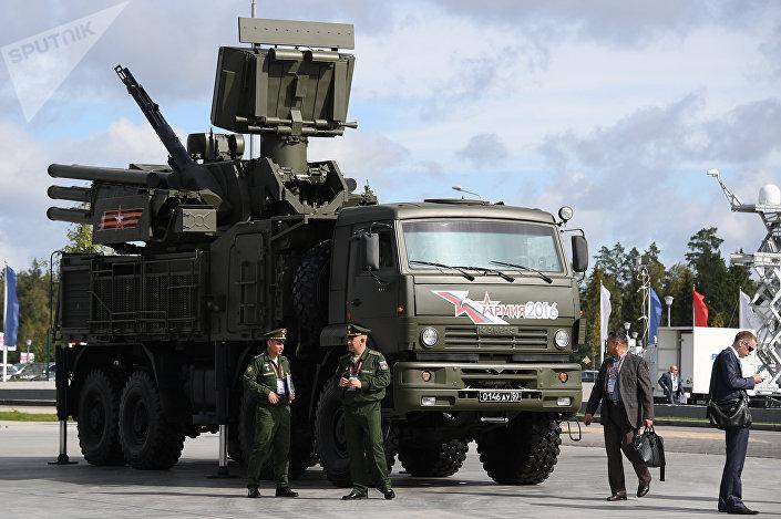 Sistema Pantsir durante fórum internacional técnico-militar ARMY-2016