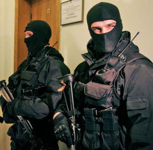 Membros das forças de segurança da Ucrânia