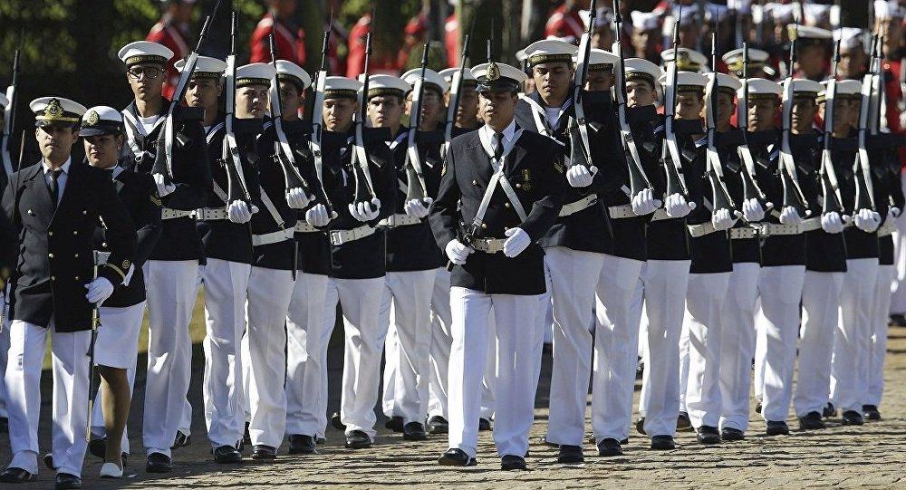 607122bd42b98 Marinha do Brasil abre para as mulheres os Corpos da Armada e de Fuzileiros